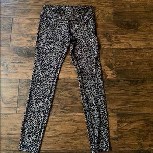Nike leopard tights